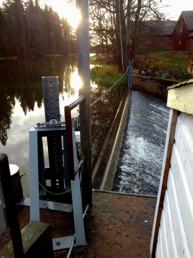 Nyinstallerad hydraulisk manövrering av sättbalk